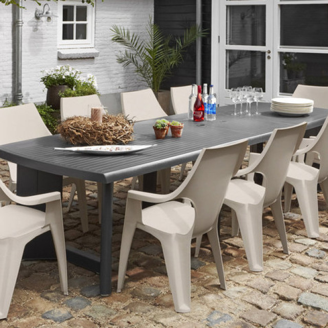 Allibert new york 260 table de jardin graphite allibert for Jardin new york